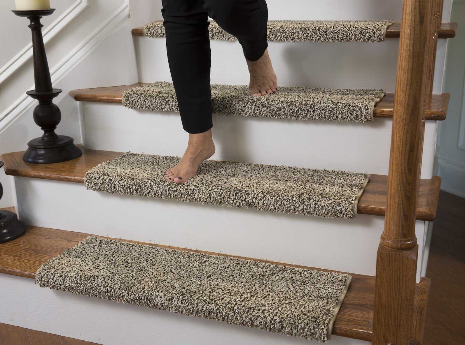 Caprice Beach Bum Bullnose Carpet Stair Tread with Adhesive Padding - 27' Wide, 10' Deep